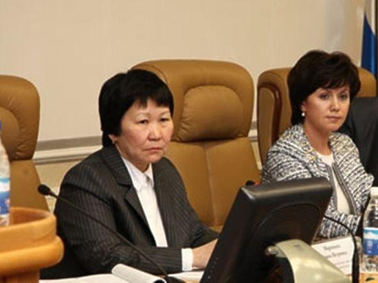 Законодательный проект осоставлении 3-х летнего бюджета Иркутской области приняли впервом чтении