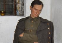 Музей СИЗО-1  показал кандалы, оружие и восковую фигуру Колчака