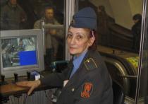 Пугала пассажиров голосом Сталина: откровения бывшей сотрудницы эскалаторной службы метро