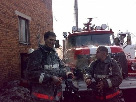 Впожаре вУсть-Куте 10 человек были спасены изсмертельной ловушки